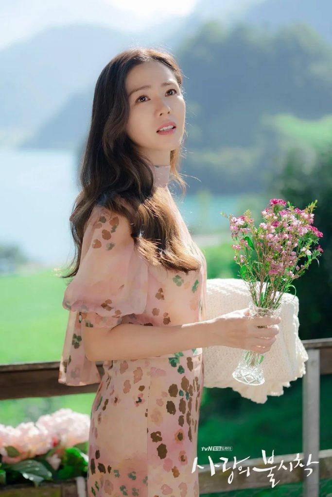 《愛的迫降》孫藝珍仙女捲髮、雲朵捲、側分瀏海|2020必看髮型趨勢